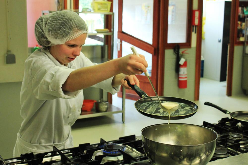 Centre scolaire saint joseph dolhain commis de cuisine de collectivit - Commis de cuisine bruxelles ...